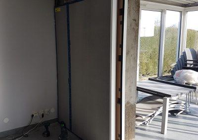 20190226 093613 400x284 - Installation d'un coulissant K-Line 2 vantaux à galandage 3400mm de largeur