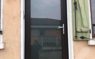 Installation d'une porte d'entrée par GCDH